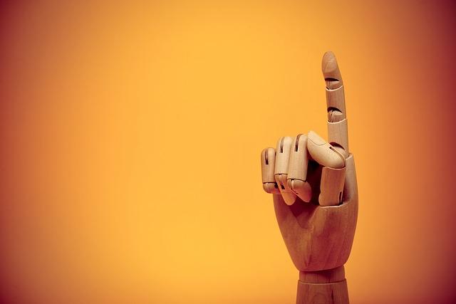 """Imposibilidad de aprobación de acuerdos en el apartado de """"ruegos y preguntas"""""""